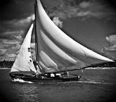Сонник плыть на корабле по волнам